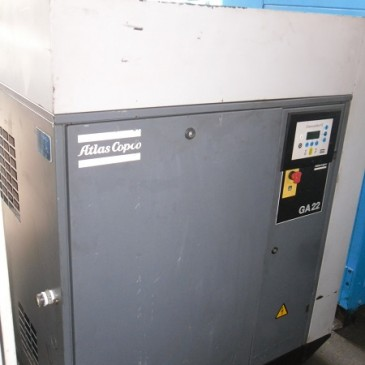 Máy nén khí trục vít Atlas Copco 22 kW có tách ẩm