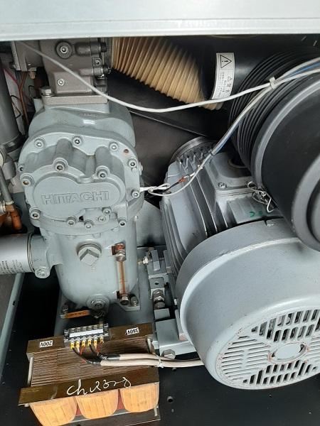 bán máy nén khí cũ Hitachi 22 kw có sấy