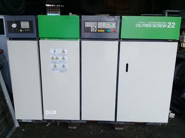 bán máy nén khí cũ không dầu Hitachi 22 kW