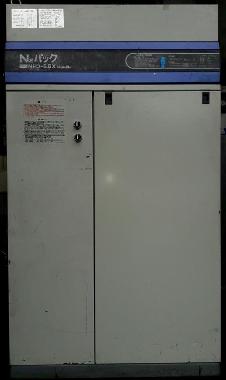 máy nén khí piston không dầu oilfree có hệ thống dryer để tách ẩm