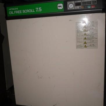 Máy nén khí không dầu Hitachi 7.5 kW SRL-7.5P5ARI
