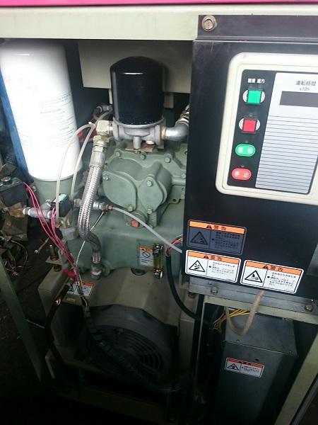 máy nén khí trục vít IHI giá rẻ chất lượng cao