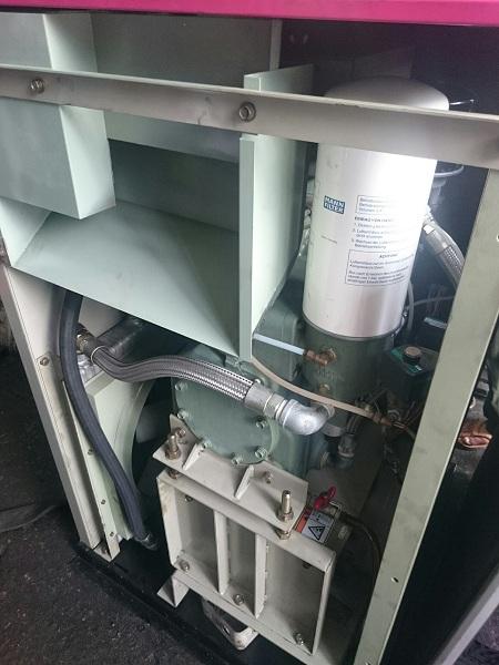 bán máy nén khí trục vít IHI NS 22 kw nhập khẩu hàng bãi