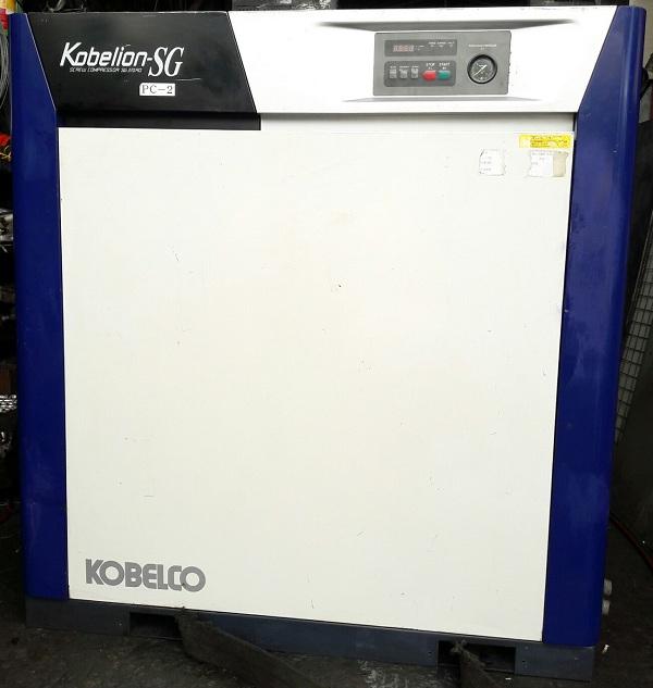 bán máy nén khí trục vít cũ Kobelion SG370AD