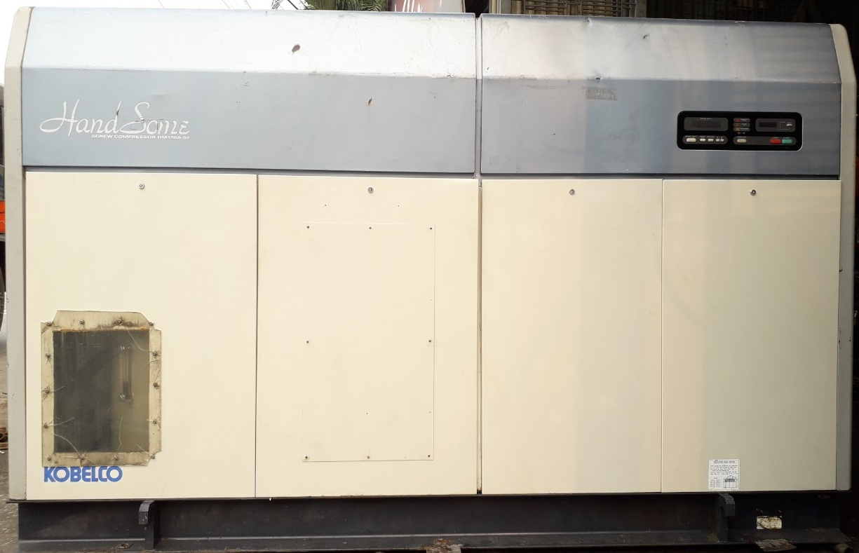 bán máy nén khí trục vít cũ loại ngâm dầu làm mát bằng gió 150 kW 200 ngựa hp