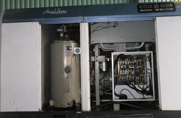 bán máy nén khí cũ kobelco 55 kW có tách ẩm