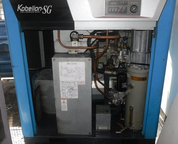 máy nén khí trục vít cũ còn tốt kobelion 22 kW