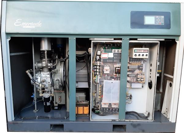 máy nén khí cũ Kobelco không dầu 55 kw 75 hp hàng Nhật bãi