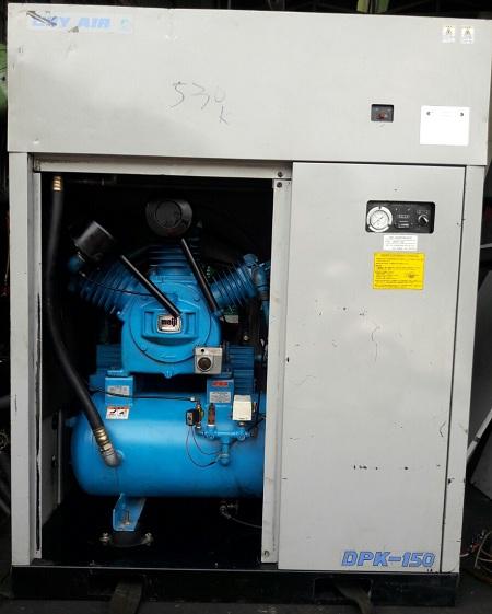 Máy nén khí Meiji 15 kW có tách ẩm và cách âm