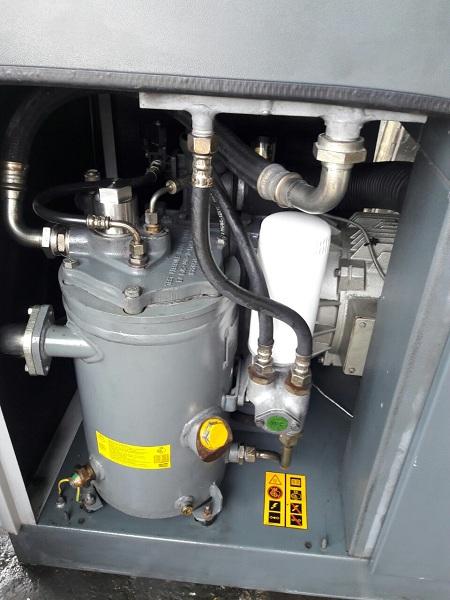 bán máy nén khí cũ Atlas Copco 11 kW