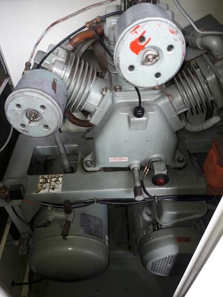 bán máy nén khí cũ Hitachi 11 kW