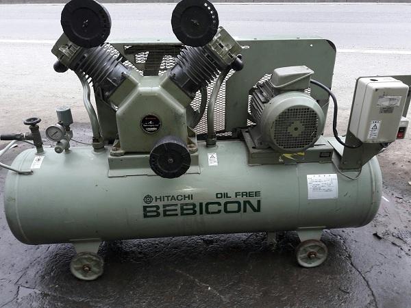 Bán máy nén khí không dầu piston Hitachi Nhật Bản công suất 7.5 kw 10 sức ngựa (Hp)