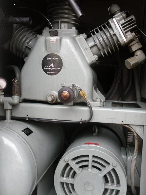 Máy nén khí thùng Hitachi 5.5kw