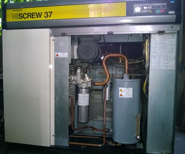 máy nén khí trục vít Hitachi có tách ẩm 50 Hp