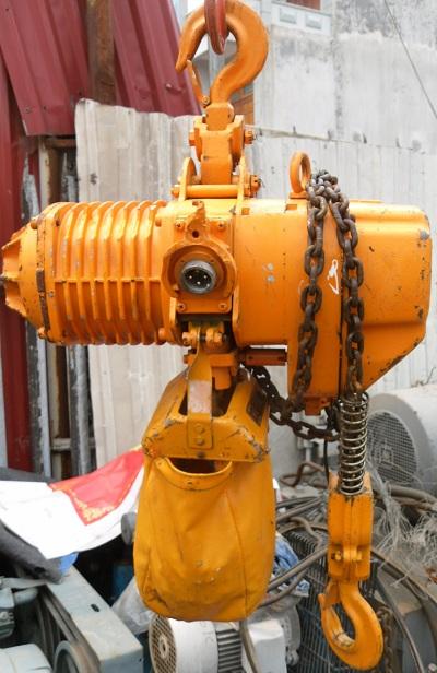 palang xích chạy điện hãng kito nhật bản sức nâng 1 tấn, tời điện xích