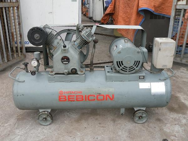 Bán máy nén khí cũ piston hiệu Hitachi 5.5kw 7Hp hàng nhật bãi