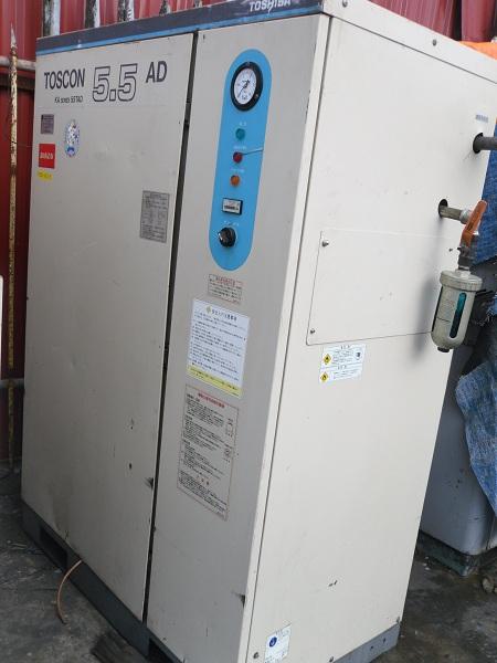 bán máy nén khí cũ toshiba 5.5kw có thùng cách âm và có tách ẩm kèm theo