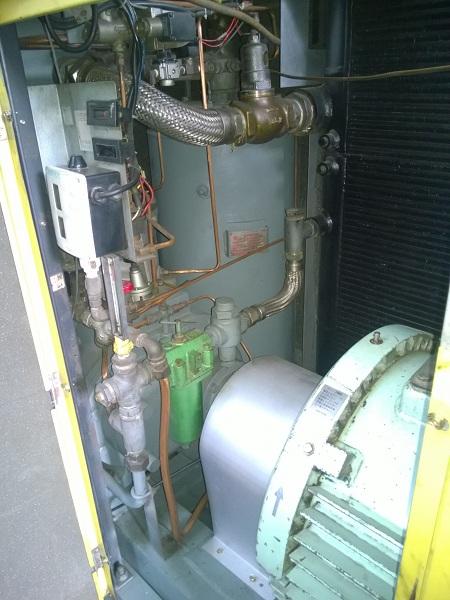 máy nén khí trục vít hitachi 110 kw