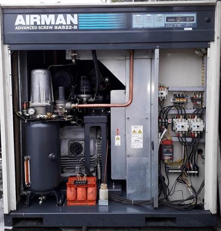bán máy nén khí cũ Airman 22 kW có tách ẩm